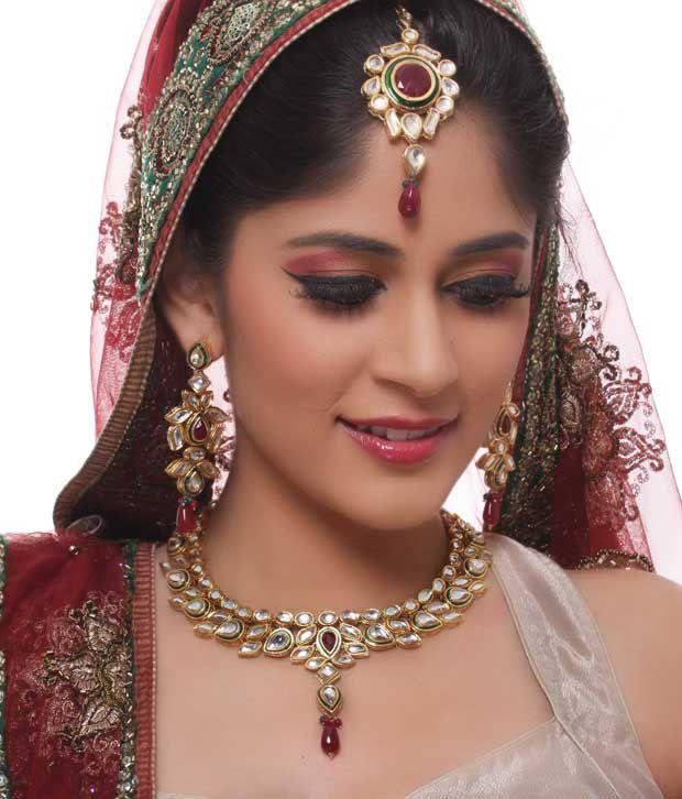 Diva Art Traditional Kundan Bridal Set