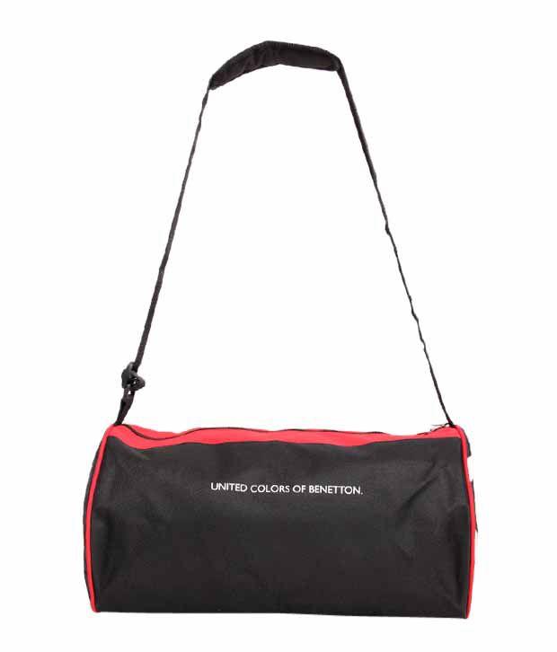 United Colors Of Benetton Black Medium Polyester Gym Bag