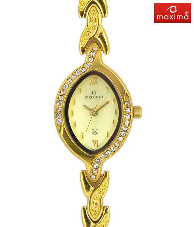 Maxima Desiring Gold Watch