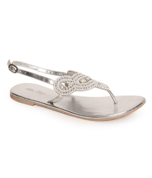 Oscar Alluring Silver Flat Sandals