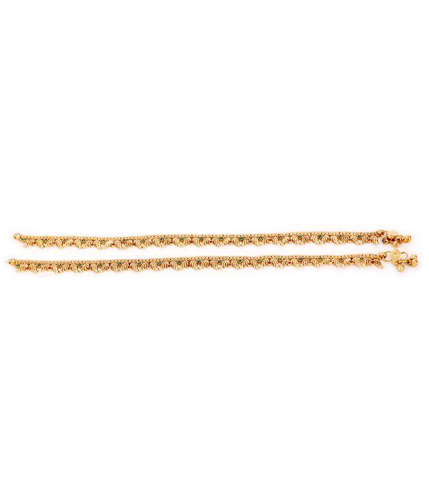 Ada Pair Of Exquisite Golden Payals