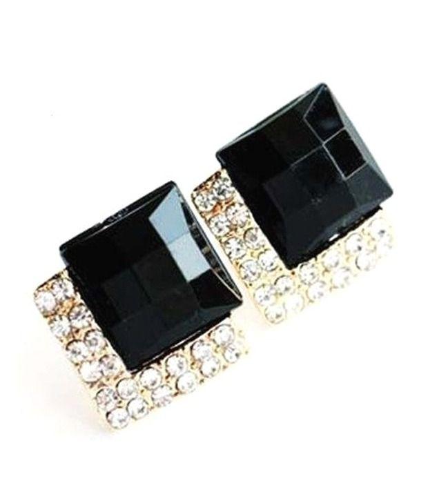 Crunchy Fashion The Black Lady Earrings