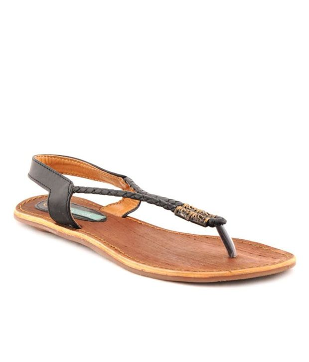 Catwalk Voguish Black Flat Sandals