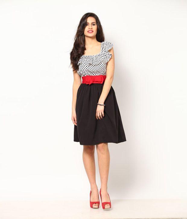 83a8f8631b3 Eavan Polka Dot White   Black Regular Dress - Buy Eavan Polka Dot ...