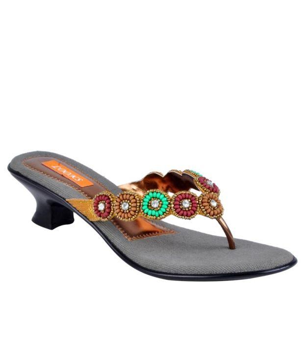 Looks Gold Round Beaded Pattern Slip-on Heels