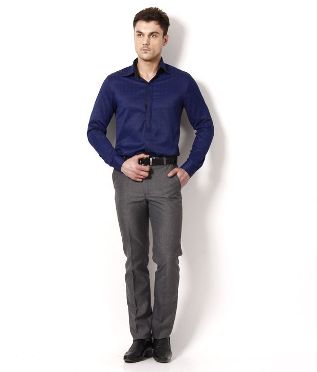 how to wear a navy blue shirt | Gommap Blog