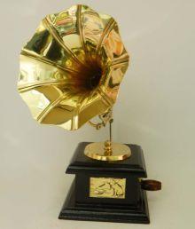 Tu Casa Vintage Decorative Gramophone