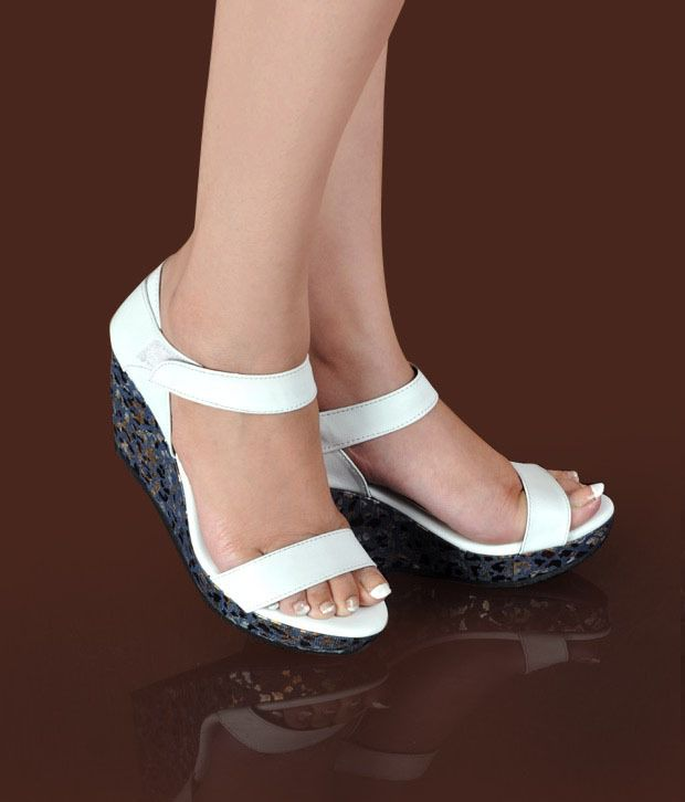 Butterfly Amazing White Wedge Heel Sandals
