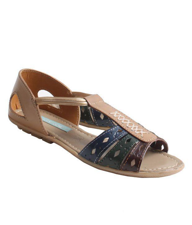 Catwalk Beige Peekaboo Belly Shoes