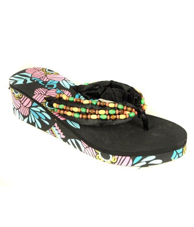 Flots Black Wooden Beads Platform Slippers