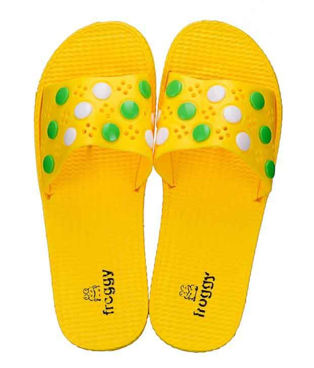 Froggy Trendy Yellow Slippers