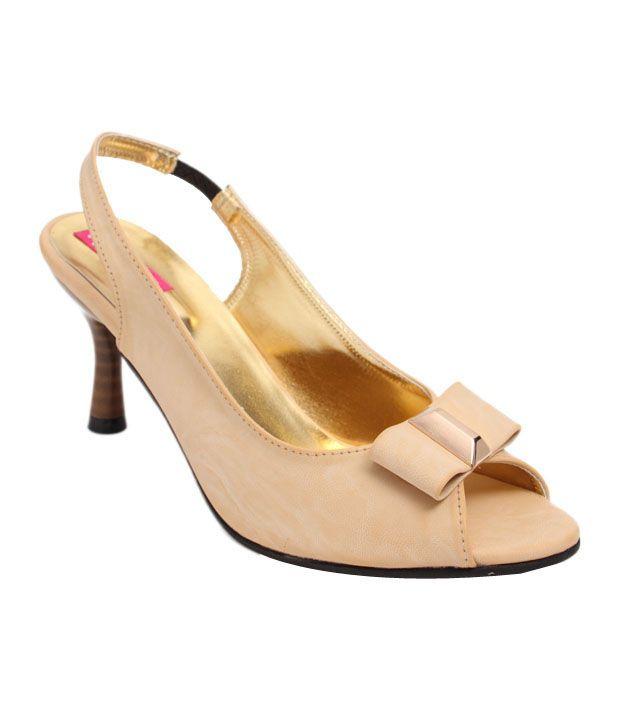Butterfly Superb Cream Heel Sandals