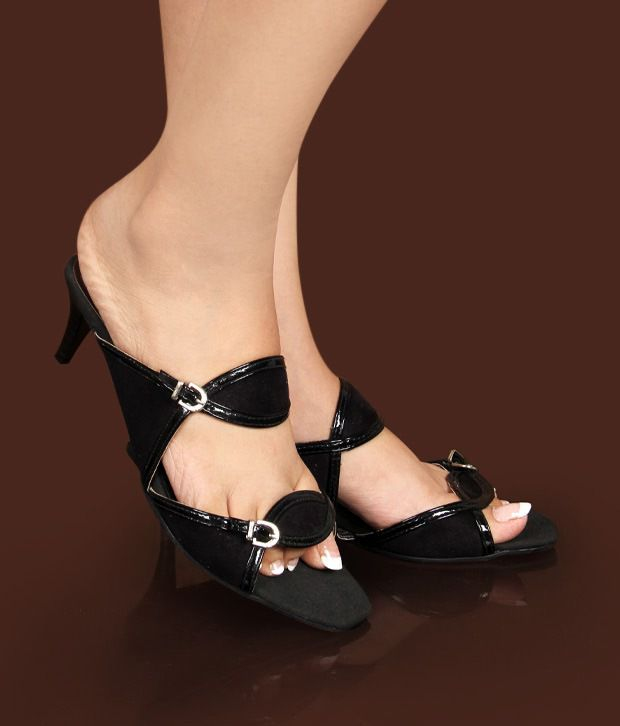 Catwalk Elegant Black Sandals