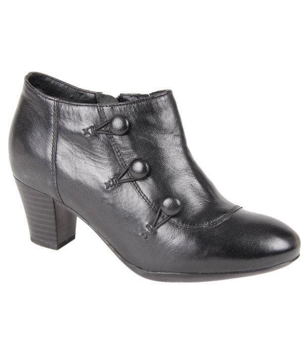 Euro Star Stunning Black Ankle Length Boots