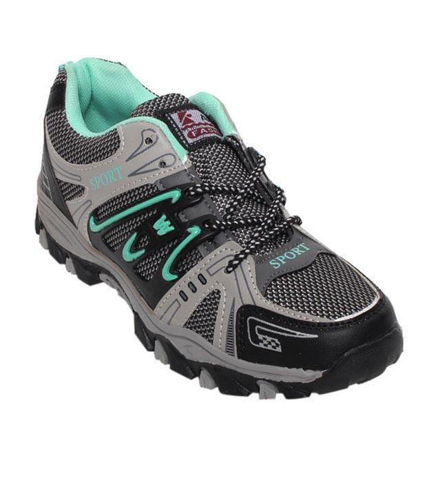 Universal Green & Black Running Shoes
