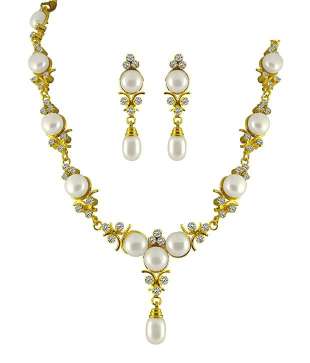 Sri Jagdamba Pearls Exotic Pearly Necklace Set