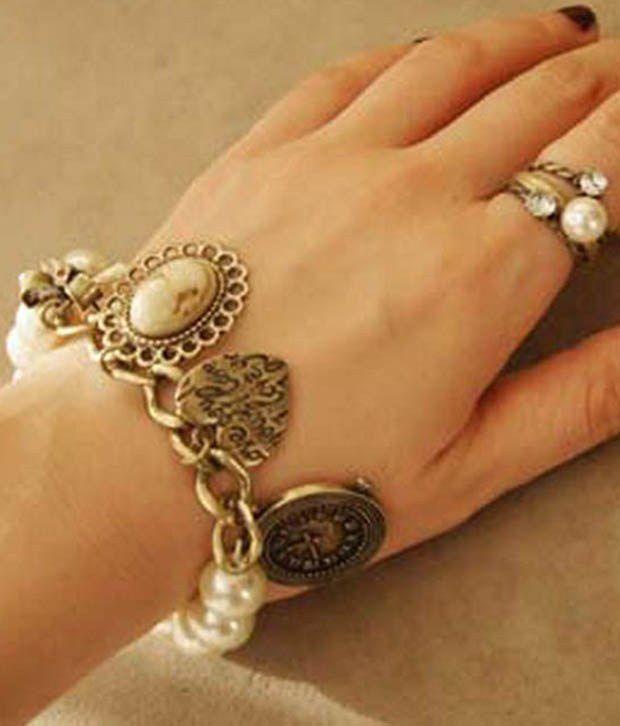 Pari Red And Black Elegant Bracelet