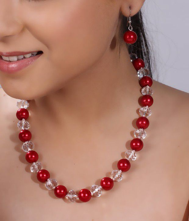 Pretty Woman Red & White Beads Necklace Set