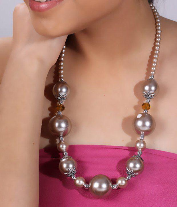 Pretty Woman Silver Balls Necklace