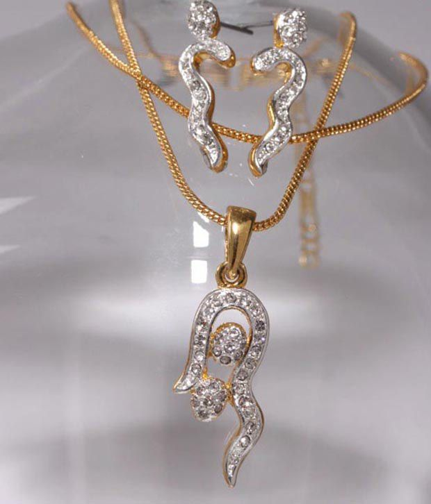 Sia Splendid American Diamond Pendent Set