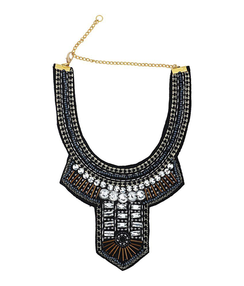 20D The Mummy Returns Bib Necklace