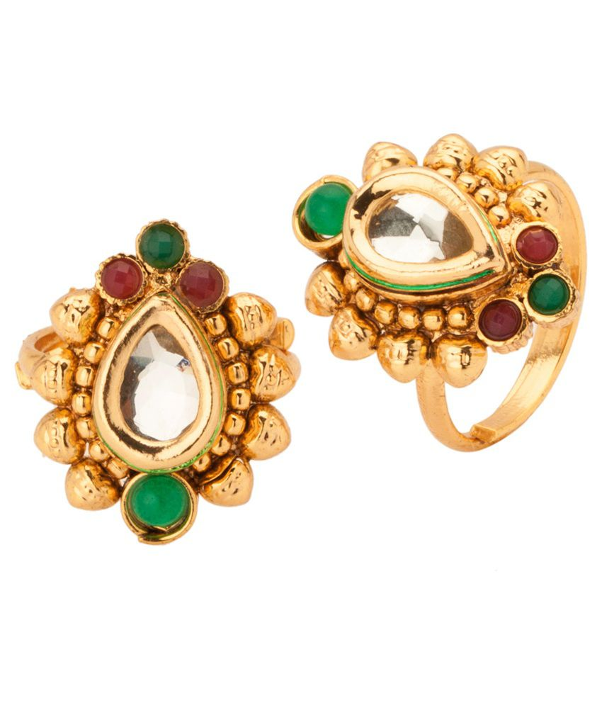 Voylla Radiant Tear Drop Styled Kundan Stone Toe Rings