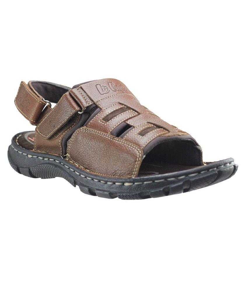 3405397e34b Lee Cooper Brown Men Sandals Price in India- Buy Lee Cooper Brown ...