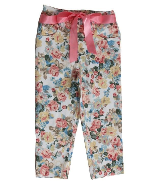 Daffodils Cream Color Printed Capri For Kids