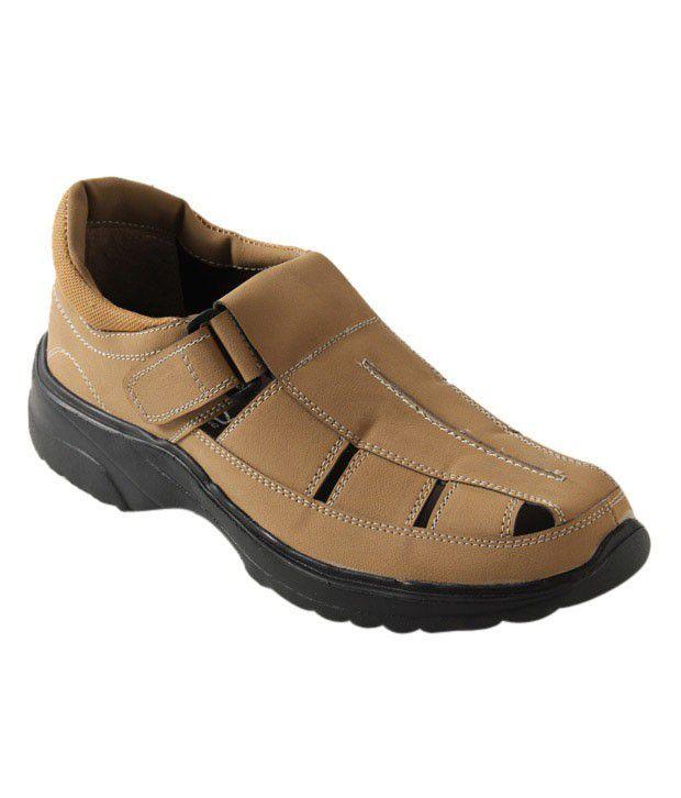 Roony Active Tan Sandals