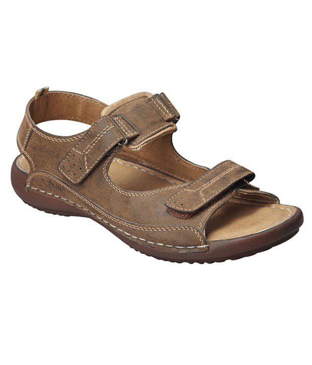 33d33cd1a3b Weinbrenner Classy Brown Sandals Price in India- Buy Weinbrenner Classy  Brown Sandals Online at Snapdeal