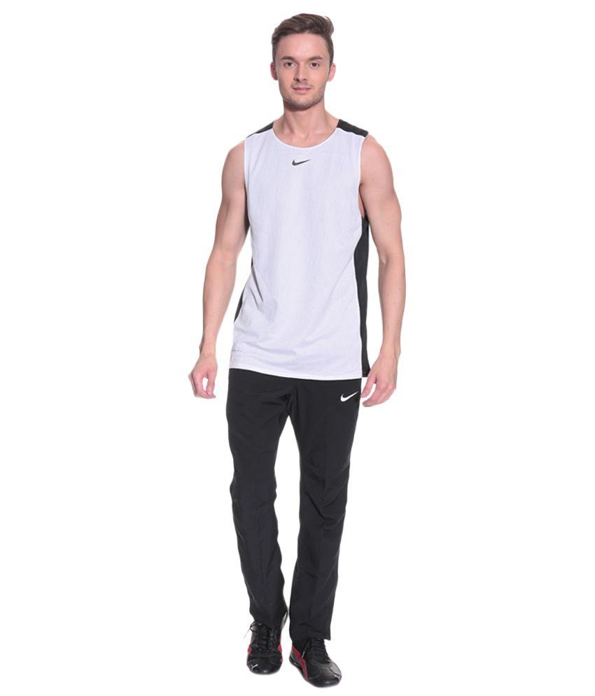 b7a8ae6bcef1 Nike Men Black Track Pants - Buy Nike Men Black Track Pants Online at Low  Price in India - Snapdeal