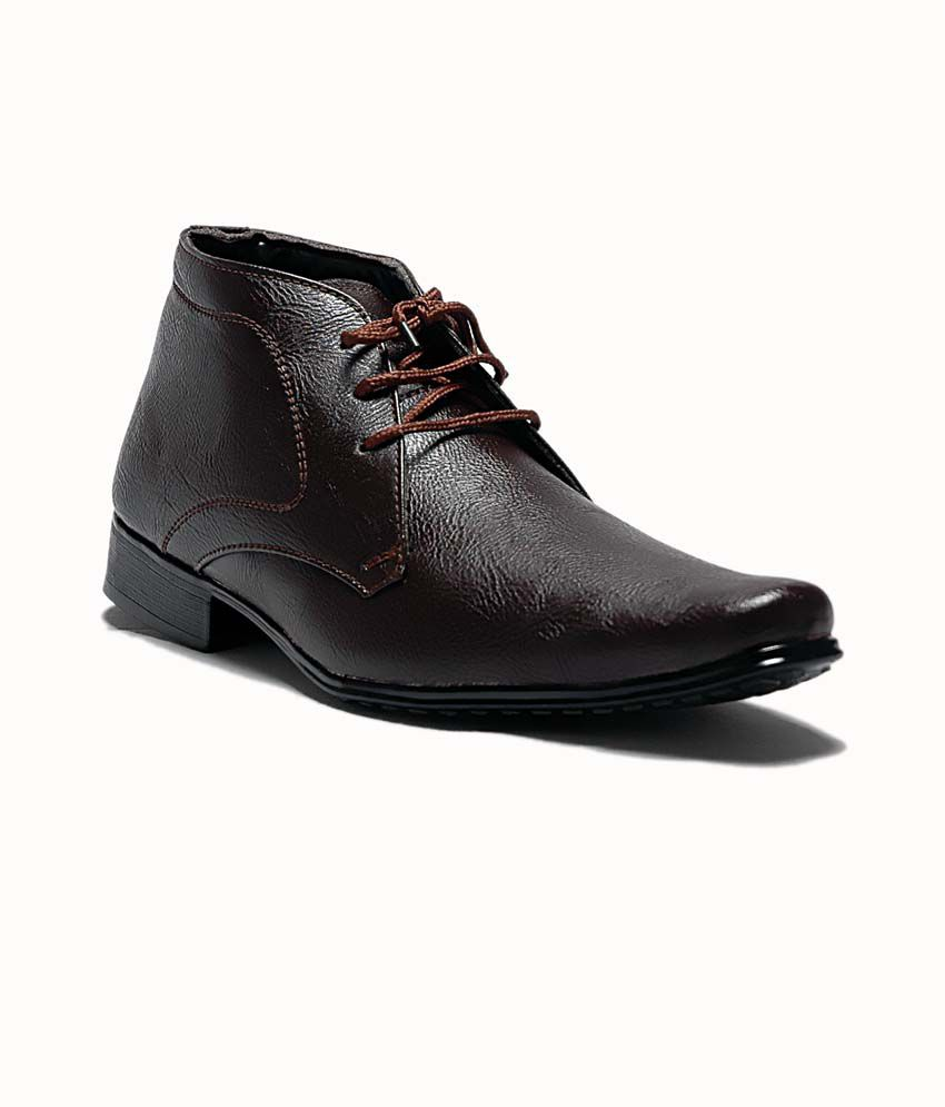 37 on at classic brown ankle length formal shoes on