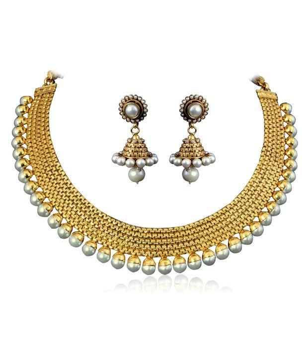 Vastradi Beautiful Artificial Jewellery Polki Set With