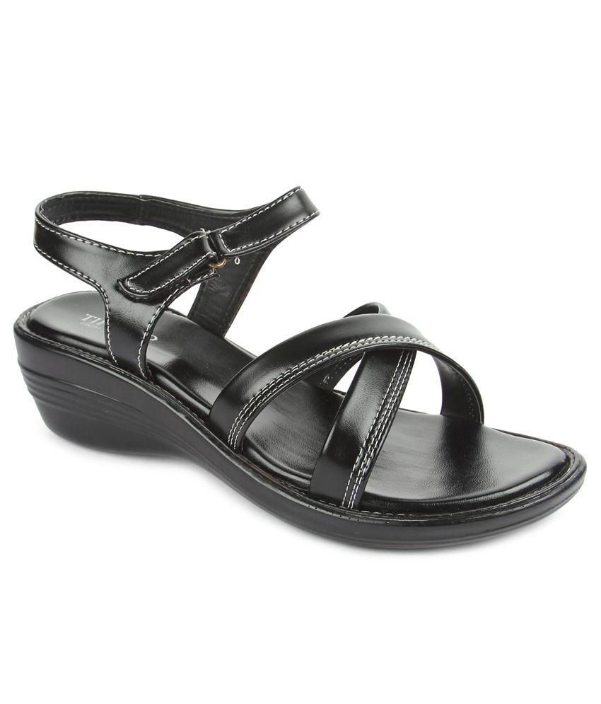 Liberty Black Wedges Sandals
