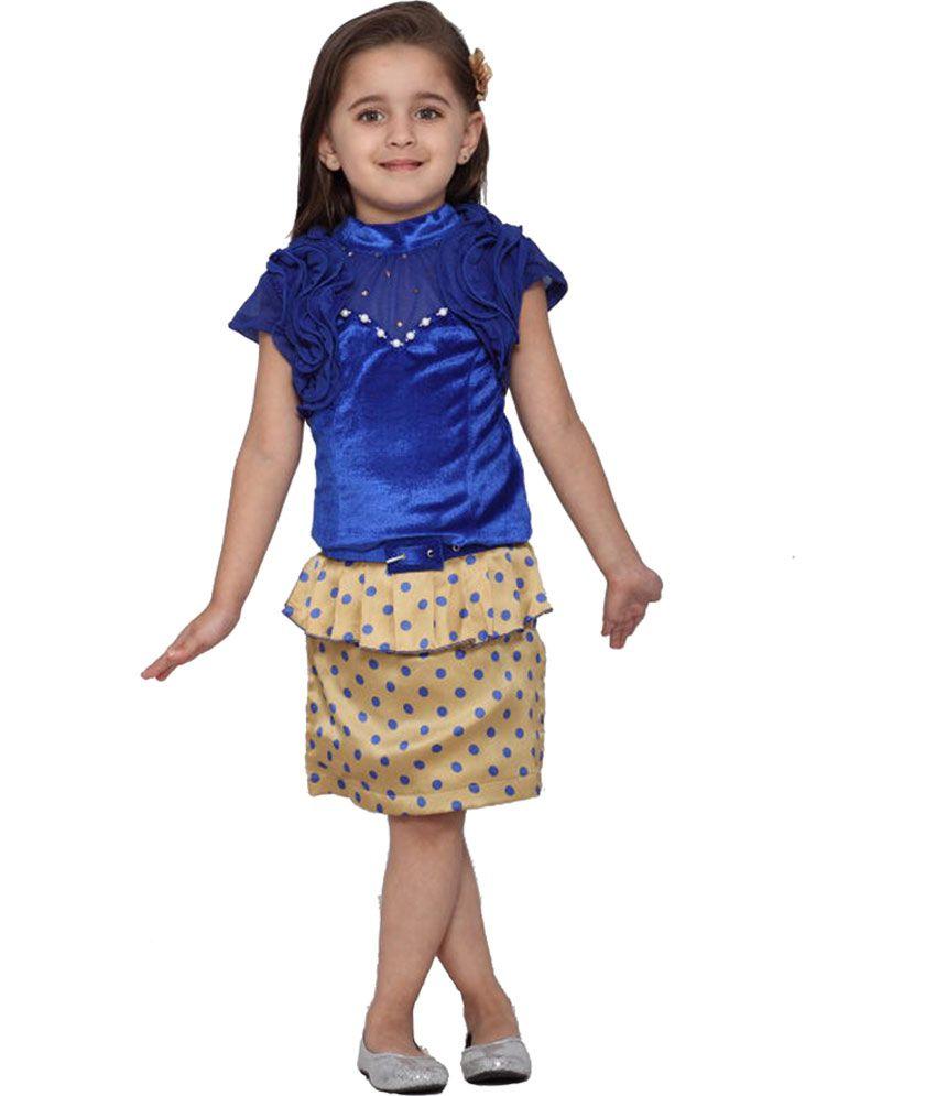 Kids skirt and top