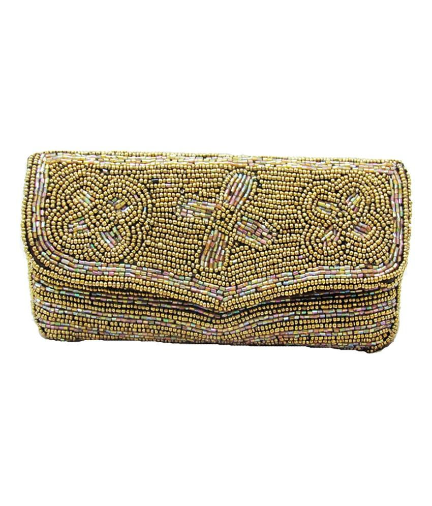 This is the true benefit of buying clutch purse online India. Not only do you get to purchase the miniature ladies purse online, but also get to peruse through an extravagant variety of .