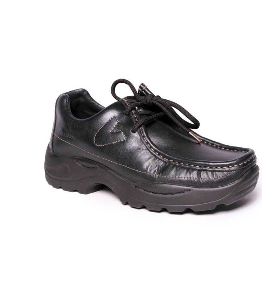 dress - Shoes Woodland black with price video