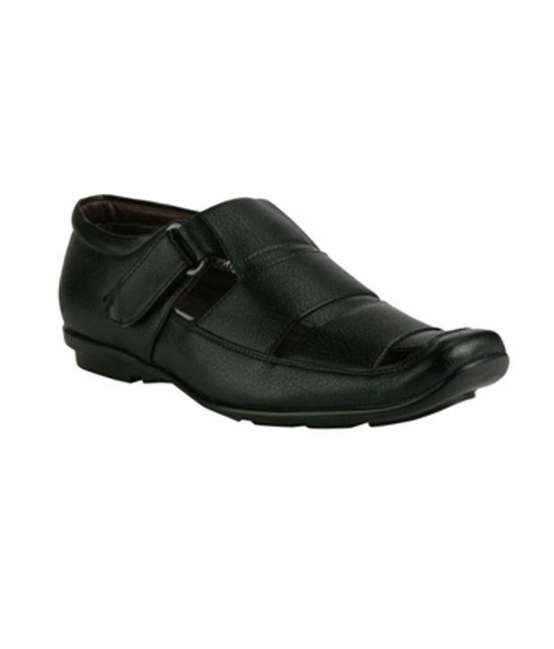 Ishoes Black Sandals