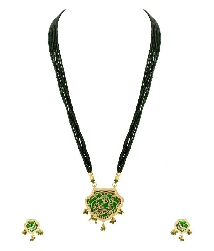 Voylla Thewa Necklace Set With Golden Embossing Work