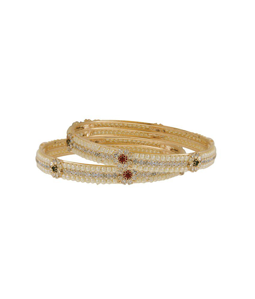 Vaishali Bindi And Gold Bangle Set