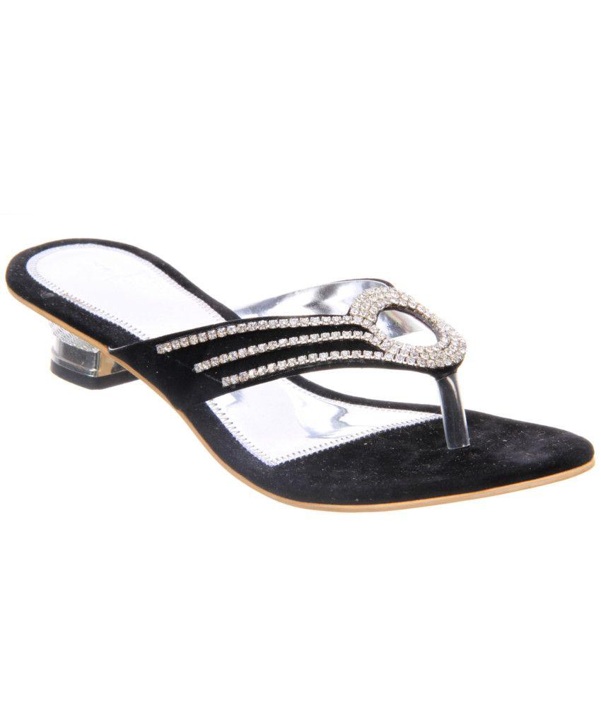 Titas Black Heeled Slip-on