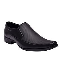 Sir Corbett Black Synthetic Leather Formal Shoes