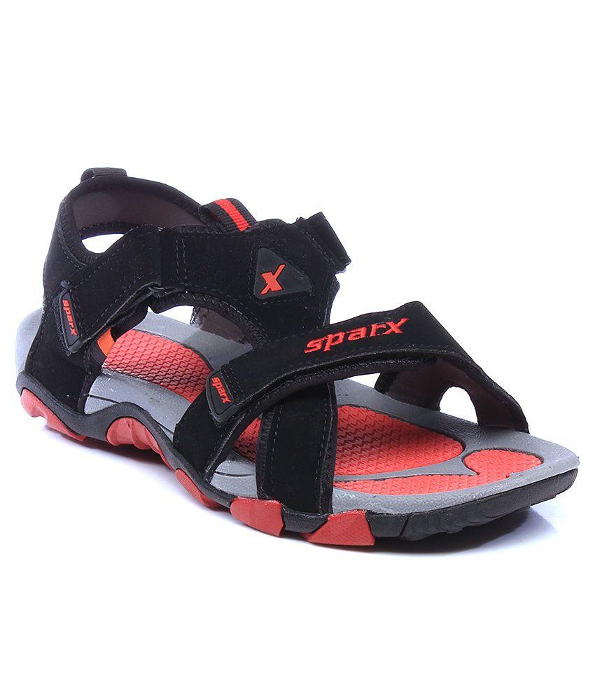 5% OFF on Sparx Black Floater Sandals