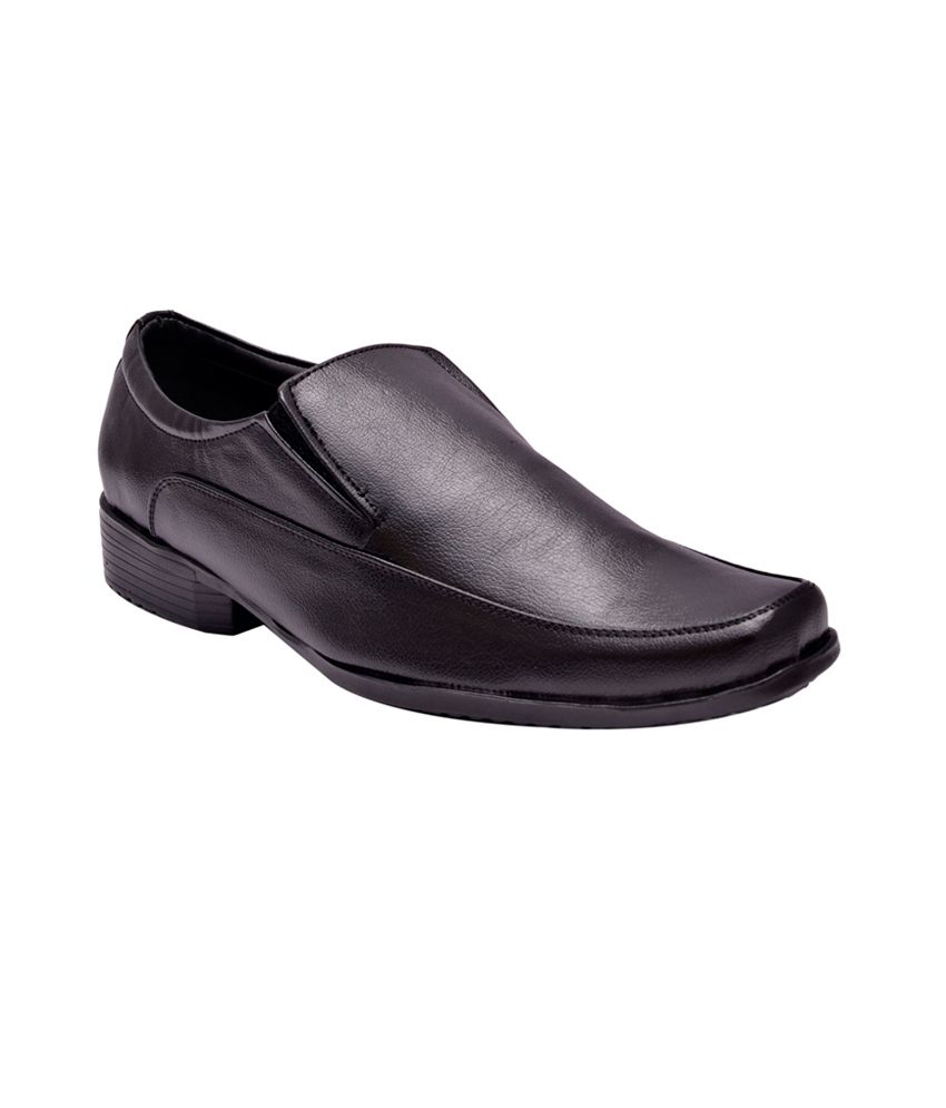 Hirel's Black Faux Leather Formal Shoes For Men
