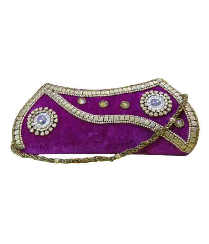 Embroidery Planet Velvet Embroidered Clutch