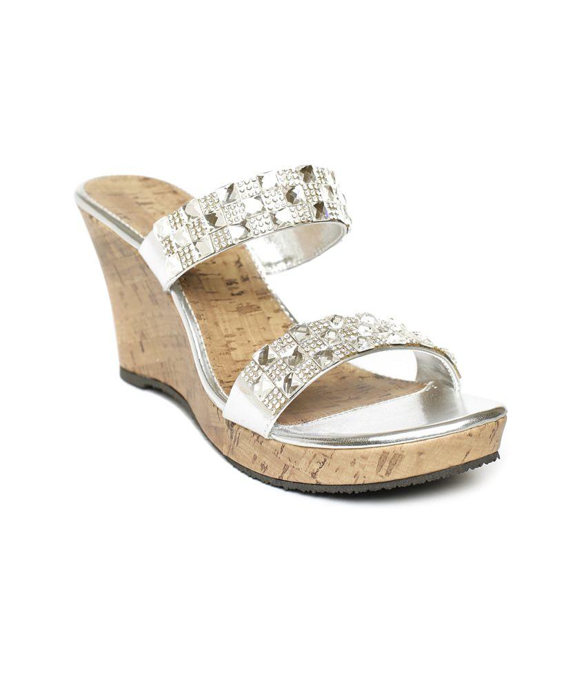 Wellworth Silver Heeled Slip-on