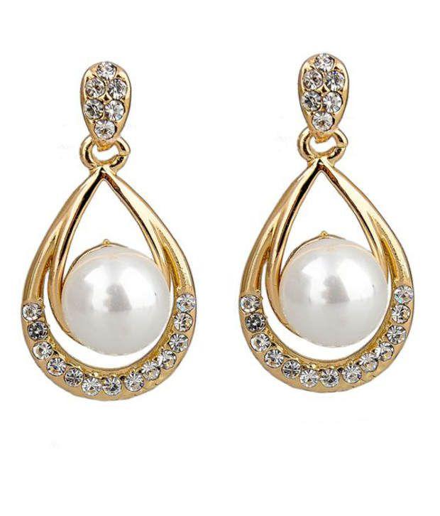 Kiara Regal Style Diva Hanging Earrings