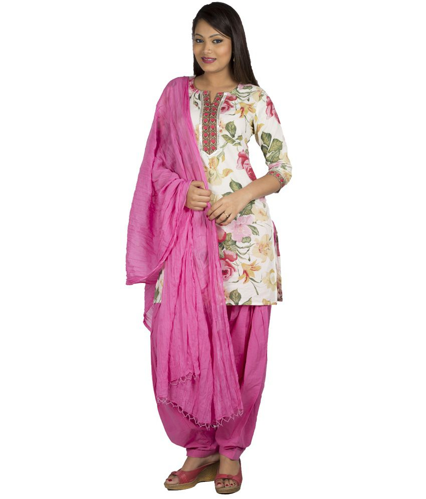 Jaipur Kurti Pure Cotton Complete Set Of White Kurta And Pink Patiala Dupatta