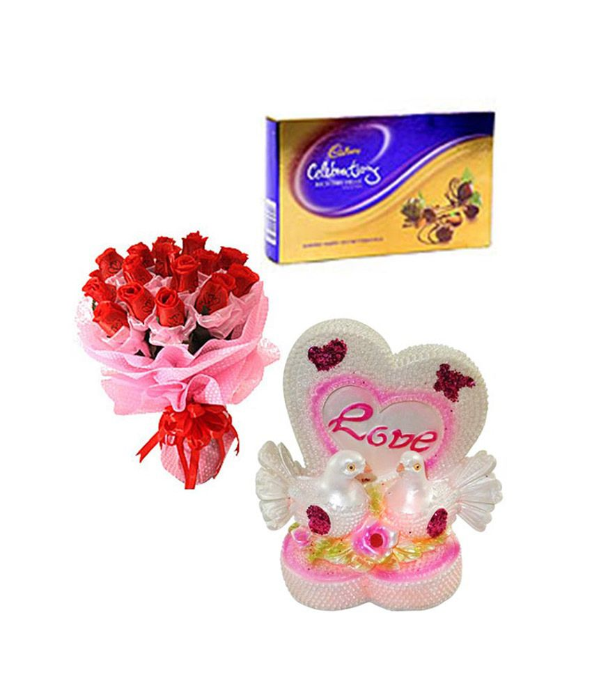 Right Florist Valentine Gift Hamper With Warm Indulgence Buy Right