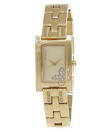 Titan NE9716YM01J Analog Women's Watch